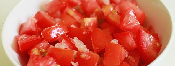 Pomidory z czosnkiem i oliwą